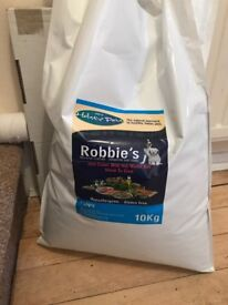 Puppy food - Robbie's Holistic