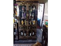Oriental mother of pearl. Laquerd. Cabinet forsale