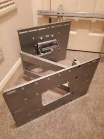 Commercial tv wall bracket