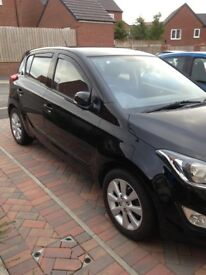 Beautiful Hyundai i20 with 23K and Only £30 a year Road Tax Parking Sensors SH Cheap insurance