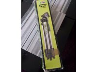 VELBON CX-440 ALUMINIUM TRIPOD MINT CONDITION COMES WITH BOX