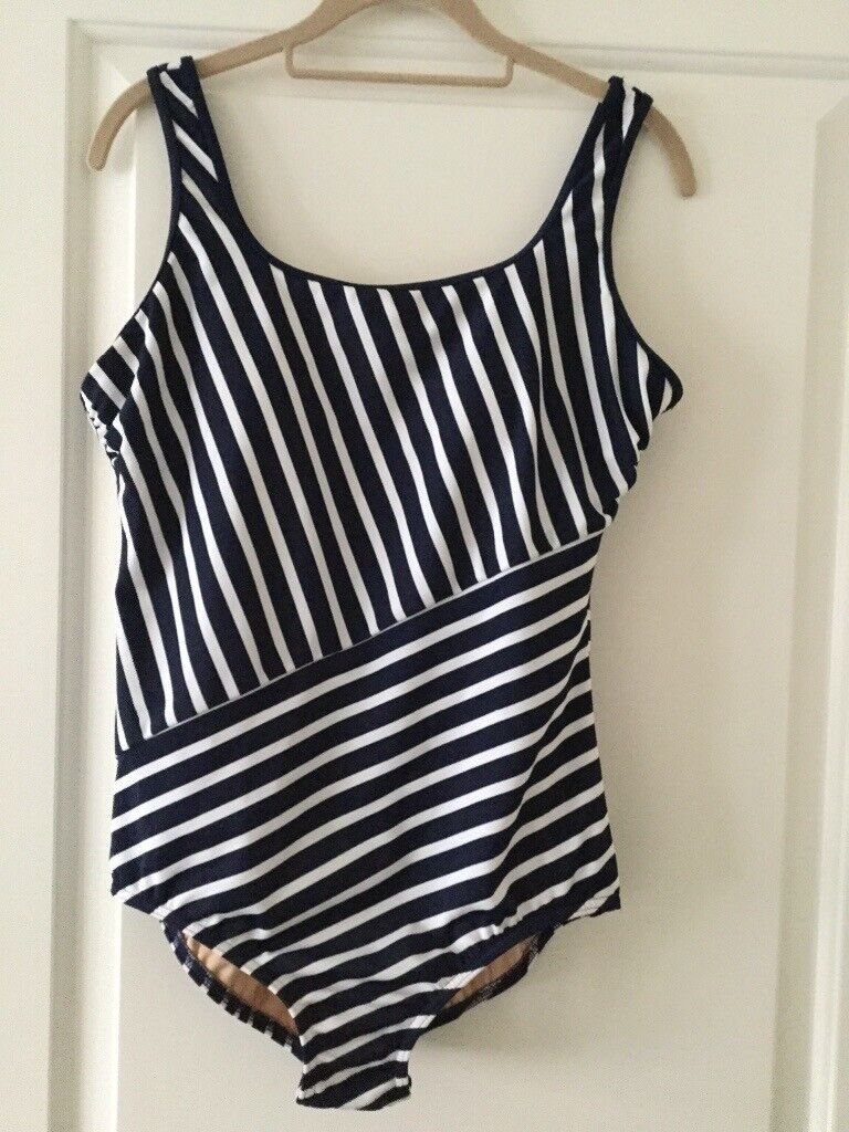 8cfa0116710 Brand new ladies Landsend 'Tugless' swimsuit in navy/white stripe. Size  14/16.