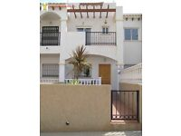 Costa Blanca, 2 bedroom townhouse, a/c, English TV - June £265 pw up to 4 persons (SM011)