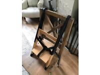 Handysitt portable booster chair