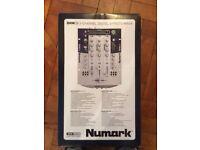Sound Mixer - Numark DXM09