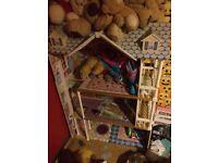 Free 3 story dolls house