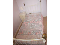 SINGLE ANTIQUE STYLE IRON BEDSTEAD AND MATTRESS