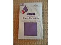 De Valle Aromatherapy Lavender Wheat Microwavable Heat Cushion Wrap or Cold Compress