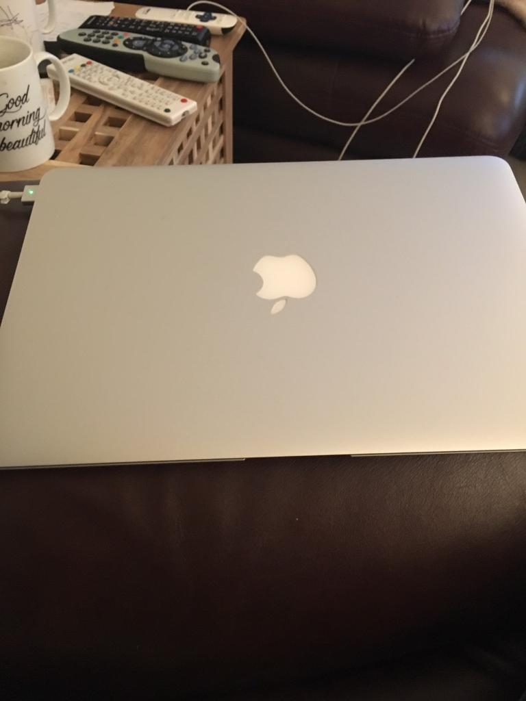 MacBook Air 13.3in Southside, GlasgowGumtree - MacBook Air , in immaculate condition,comes fully boxed with original chargers , specs are in pics , has been reset to factory setting , and iCloud has been removed , Very fast reliable machine , hardly used hence the sale , No silly offers or...