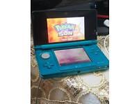 Nintendo 3DS AQUA BLUE WITH POKEMON SUN