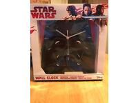 BNIB Star Wars clock