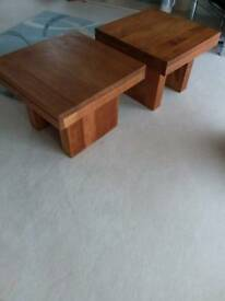 Lamp tables (2)