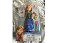 Disney Frozen Crystal Glow Anna . BNIB