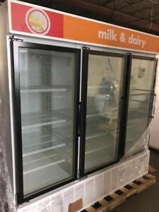 Triple door glass door fridge USA brands ! Masterbilt / true ( food or drinks ) shipping anywhere in Canada !