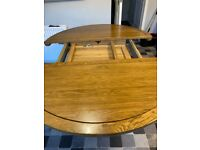 Oak furnitureland Extending Dining Table