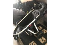 Phil & Ted's Vibe three wheeler stroller buggy