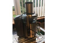 Sage juicer good condition.