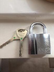 Abloy 330 padlock