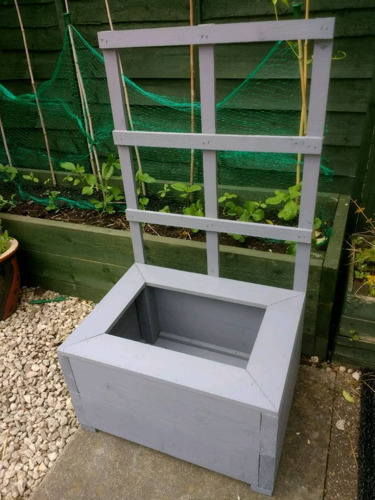 New Handmade Wooden Planter With Trellis In Toton Nottinghamshire