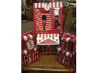 4 Baylis & Harding gift sets