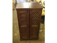 New Well known Retailer Maharani Drinks Cabinet