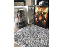 Doom PS4 collectors edition figurine