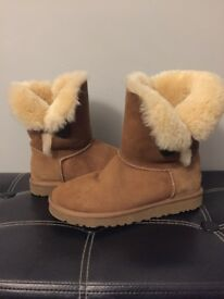 UGG Australia bailey boots size 5.5 GENUIN