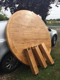 Beautiful, large, round, real oak table - perfect condition.