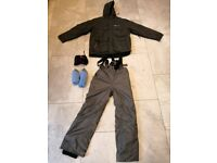 Mens skiing snowboarding clothes and goggles - £30