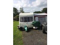 6 Berth caravan, Avondale Dart 556-6 2004, fixed bunks, single axle, excellent condition.