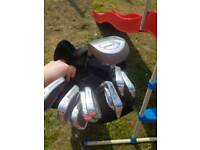 Various set golf clubs