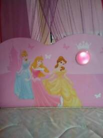 Beautiful Disney Princess headboard for single bed in Perfect condition