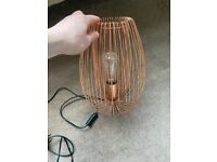 Wire style lamp