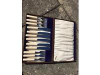 Wonderful six-piece vintage cutlery set in box