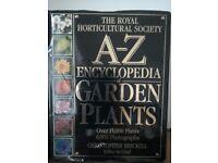 A-Z Encyclopedia of Gardening Plants