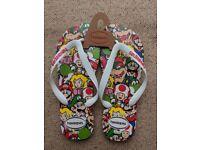Super Mario Bros. Havaianas size EUR 43/44