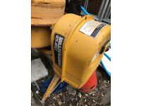 Concrete mixer in good condition not clean it with a hammer just engine stopped working