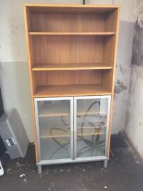 Bookcase/Shelves and cupboard