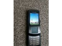 Samsung Soul U900 - Grey (Unlocked) Mobile Phone
