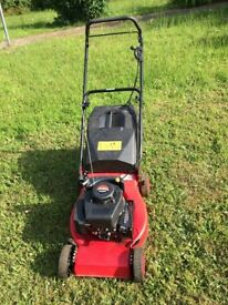 Champion petrol lawnmower - works intermittently, probably easy to fix