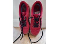 Red Nike SB size 6