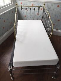 VINTAGE FRENCH CHILDREN'S DAY BED in good, clean condition with new mattress.