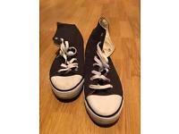 Size 10 lee cooper high tops