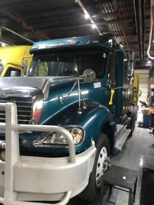 2005 freight liner **Mint***