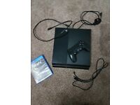 Ps4 (500gb) with one game