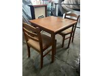 Nice WOODEN DINING TABLE WITH 2 CHAIRS IN EXCELLENT CONDITION