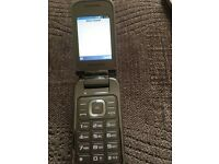 Samsung mobile phone on O2 network flip