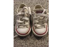 Kids converse trainers size 3