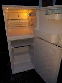 fridge freezer(delivery available)