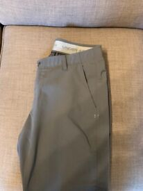 Under Armour Golf Trousers 36/30 *Brand New*
